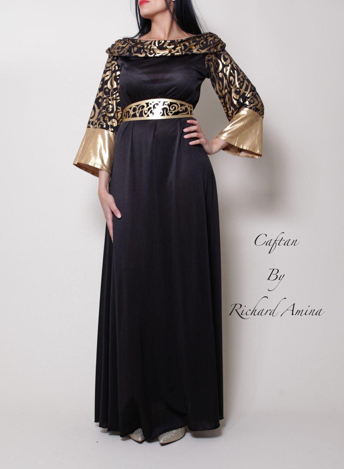 f6469a1ab1e Esprit haute couture pour ce caftan Dubaï glamour et original.